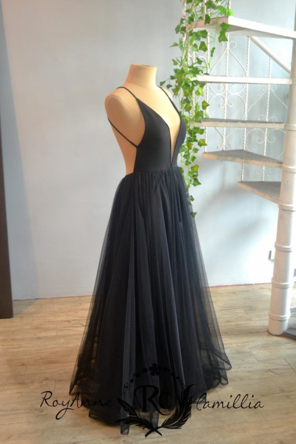 black rental gown by royanne camillia couture manila